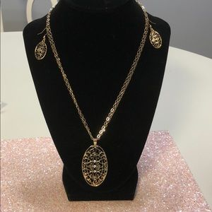 Necklace set by Kim Rogers